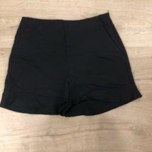 Black Zara polyester/Cotten shorts w slight ruffle